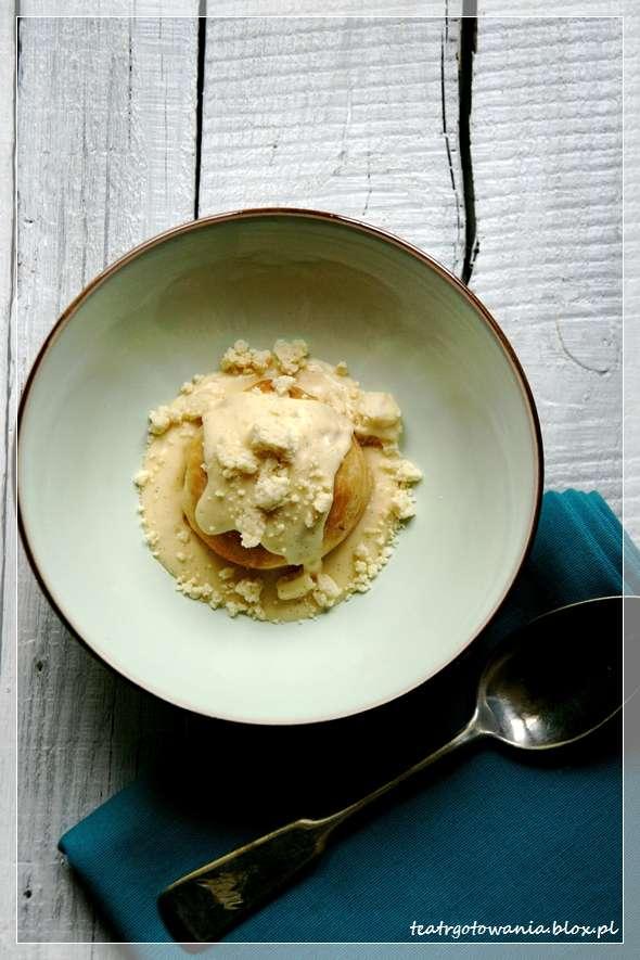 bułeczki maślane, krem z kasztanów, sos waniliowy